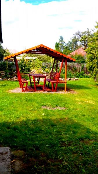 Stavba zahradního altánu: img00043-jpg