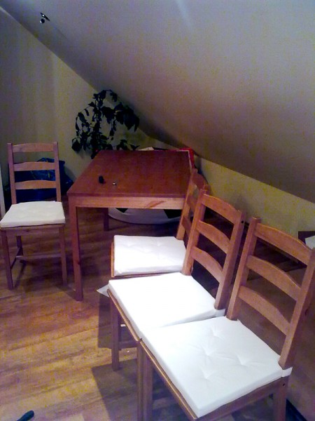Sestavení stolu a židlí IKEA: img00048-jpg