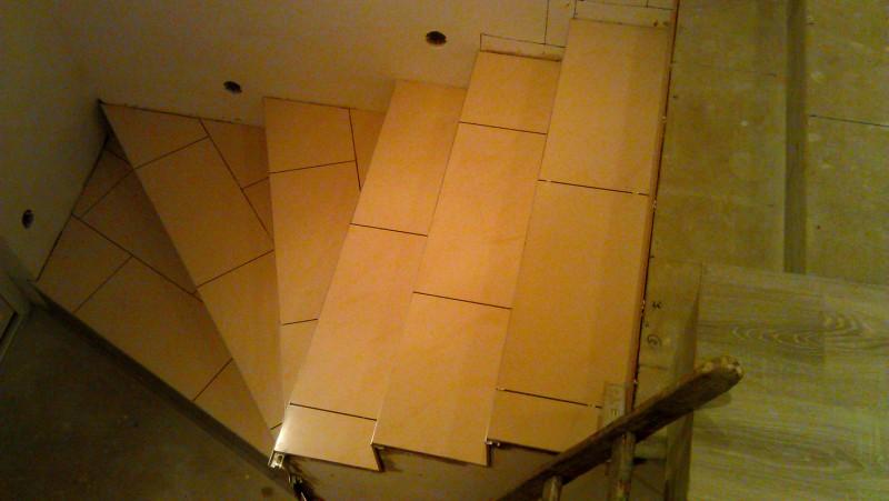 Pokládka dlažby na schodiště: img00079-jpg