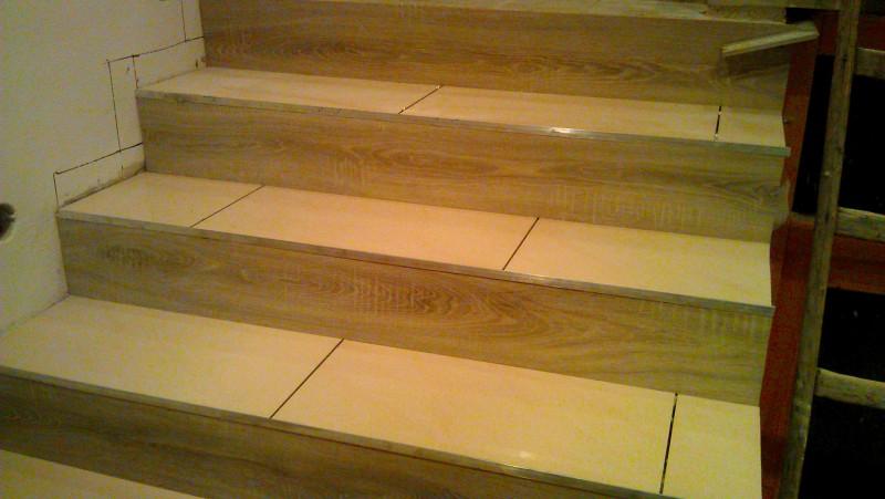 Pokládka dlažby na schodiště: img00080-jpg