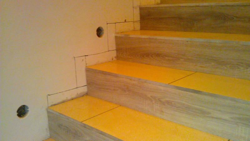 Pokládka dlažby na schodiště: img00084-jpg