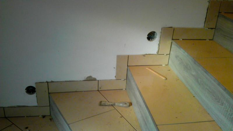 Pokládka dlažby na schodiště: img00087-jpg