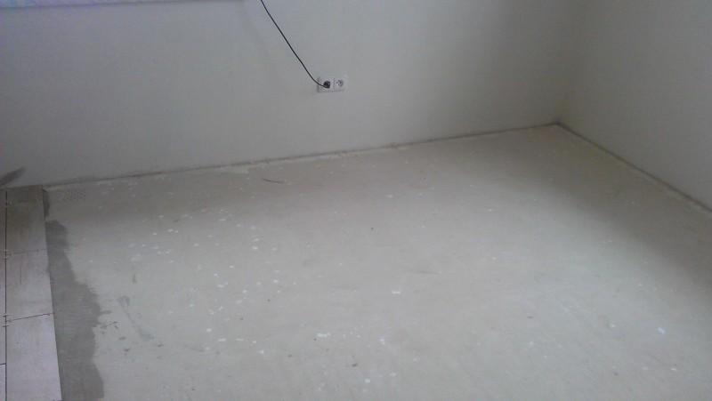 Pokládka plovoucí podlahy v domě: img00092-jpg