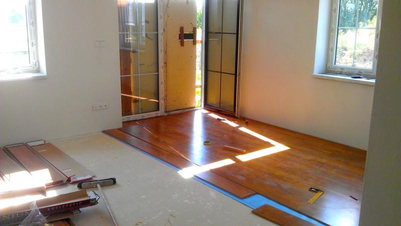 Pokládka plovoucí podlahy v domě: img00094-jpg
