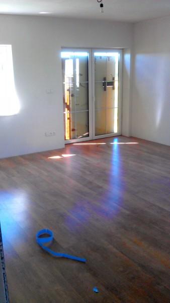 Pokládka plovoucí podlahy v domě: img00100-jpg