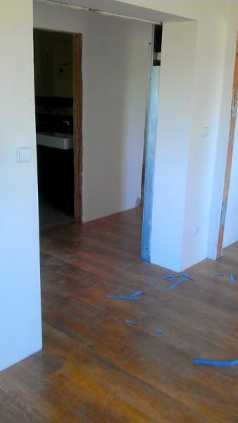 Pokládka plovoucí podlahy v domě: img00102-jpg