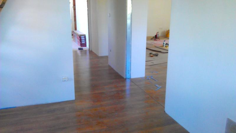 Pokládka plovoucí podlahy v domě: img00104-jpg