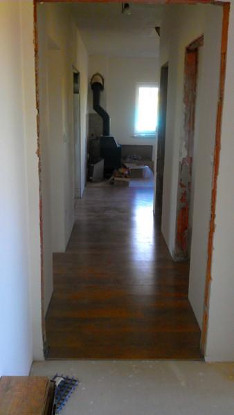 Pokládka plovoucí podlahy v domě: img00107-jpg