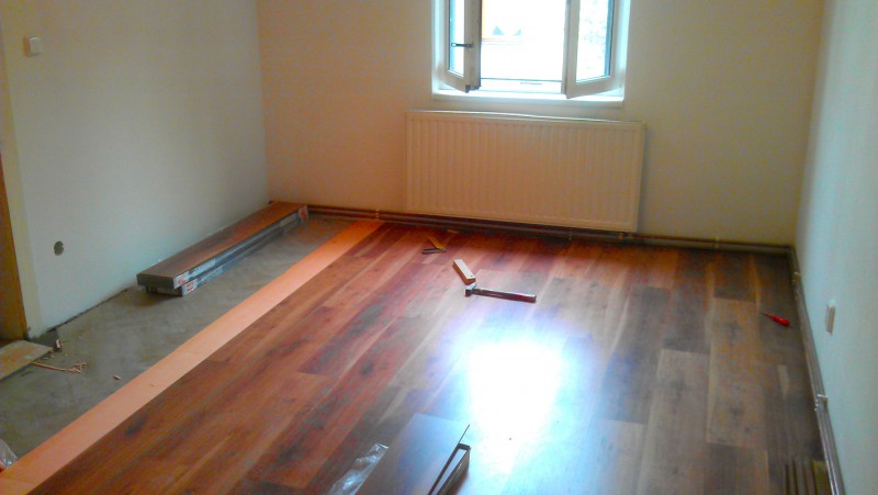 Pokládka plovoucí podlahy na parkety: img00118-jpg