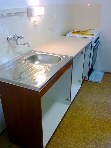Sestavení kuchyňské linky: img00124-jpg