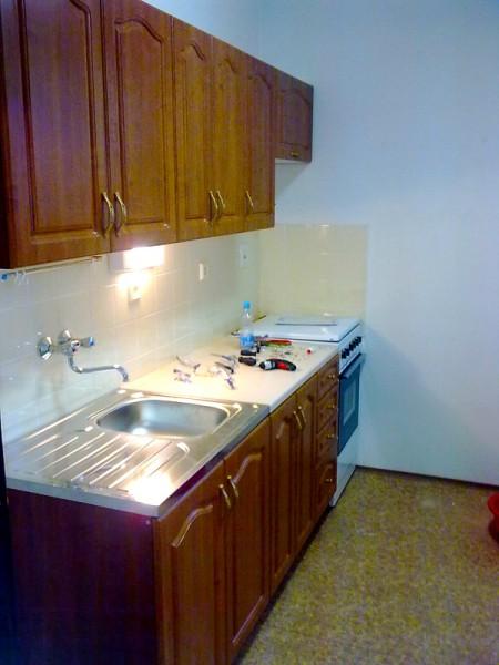 Sestavení kuchyňské linky: img00125-jpg