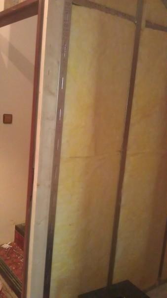 Oddělení (zateplení) schodiště: img00208-jpg