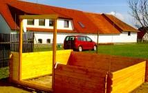 Hodinový manžel Praha: Sestavení zahradního domku s přístřeškem