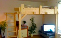 Hodinový manžel Praha: Stavba patra na spaní